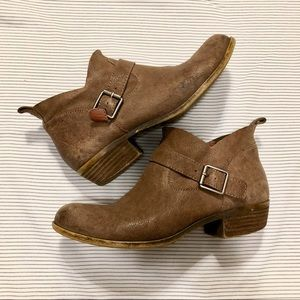 LUCKY BRAND 🐴 LEATHER ANKLE BOOTS